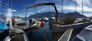 Bergung eines Segelboots in Brissago