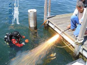 Unterwasserschneiden mit Sauerstofflanzen