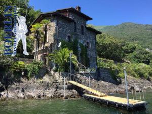 Höhenverstellbar Zugangsbrücke und Bootssteg in Cannobio (I)